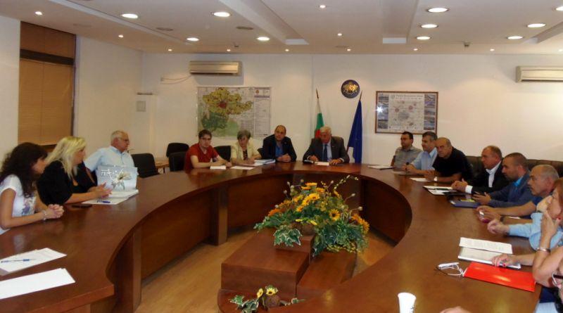 Областният управител Здравко Димитров председателства консултациите за състава на РИК