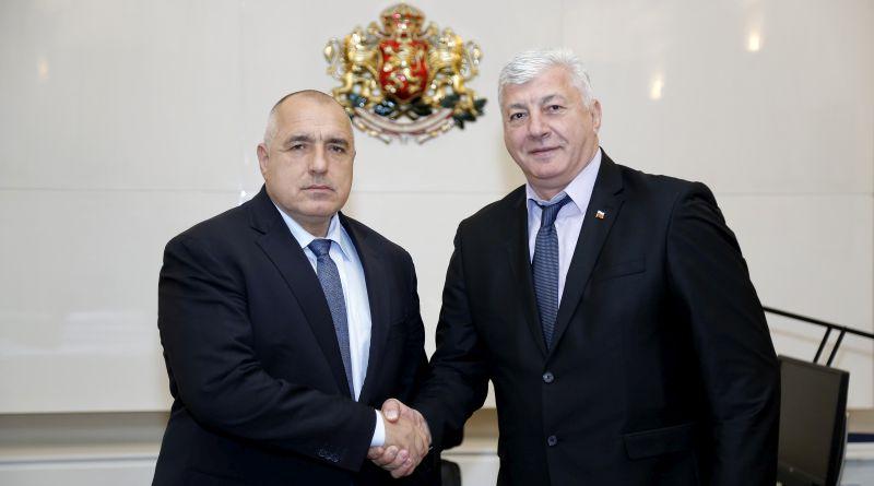 Здравко Димитров и Бойко Борисов си пожелаха успех на предстоящите избори
