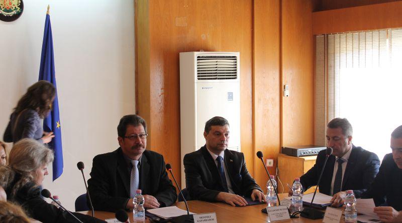 Дата: 30.03 Владимир Петров – зам. областен управител на област Пловдив взе участие в заседанието на Регионалния съвет за развитие на ЮЦР