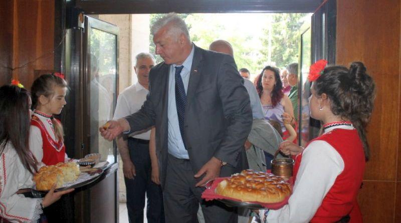 Областният управител Здравко Димитров и вицепрезидентът Илияна Йотова участваха в дискусия в Калофер