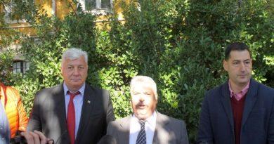 Областният управител Здравко Димитров даде старт на ремонта на Жълтото училище