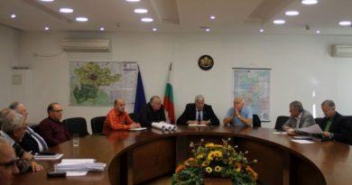 Областният управител инспектира ремонтните дейности на Асеновграско шосе и отсечката Карлово - Баня