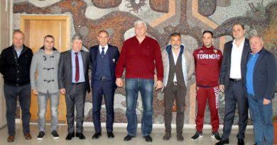 Областният управител Областният управител Здравко Димитров посрещна делегация от футболен клуб Торино