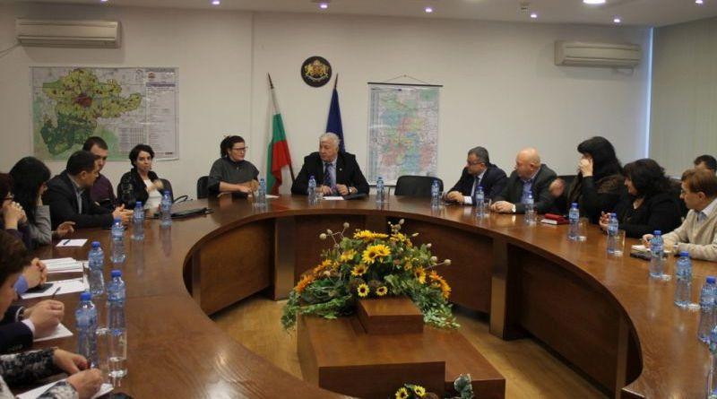 Областният управител Здравко Димитров и зам.- министърът на регионалното развитие и благоустройство г-жа Малина Крумова проведоха работна среща на АВиК Пловдив