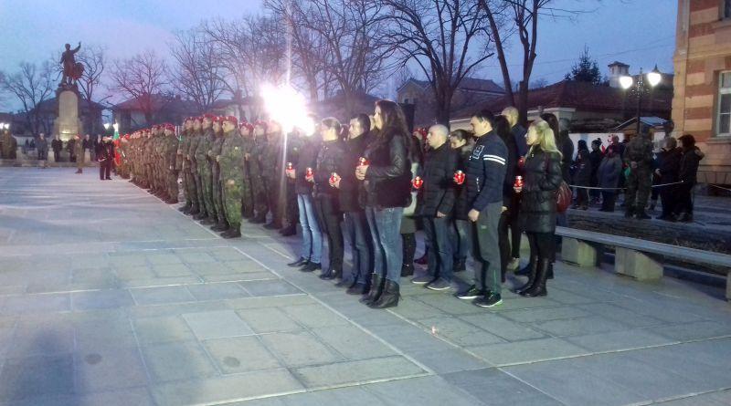 В Карлово хиляди отбелязаха 145-годишнината от гибелта на Апостола на свободата – Васил Левски
