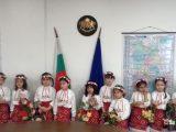 Лазарки зарадваха служителите в Областна администрация – Пловдив