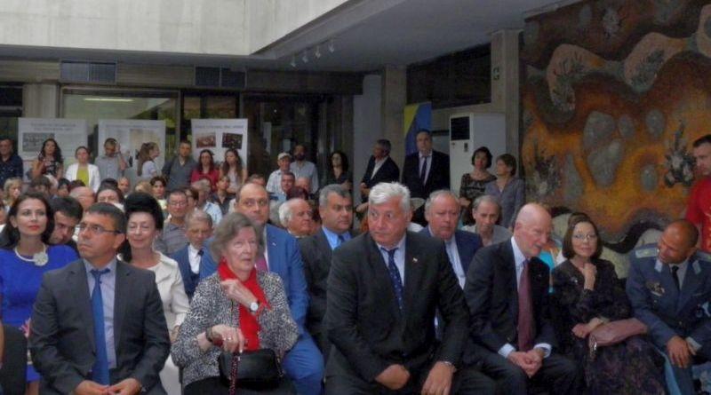 Областна администрация - Пловдив беше домакин на изложбата Страната на спасените евреи
