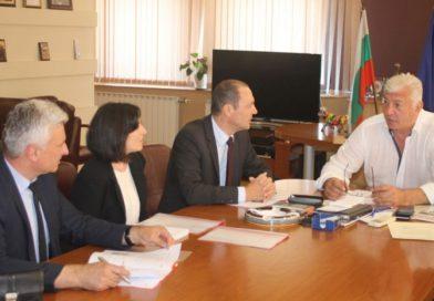 Областният управител се срещна с представители на EVN България