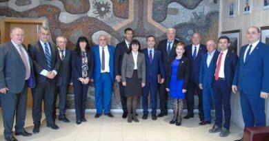 Областният управител на област Пловдив бе удостоен за почетен член на Клуба на консулите в Пловдив
