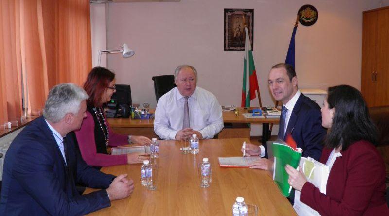 Заместник областният управител Петър Петров се срещна с ръководството на EVN България