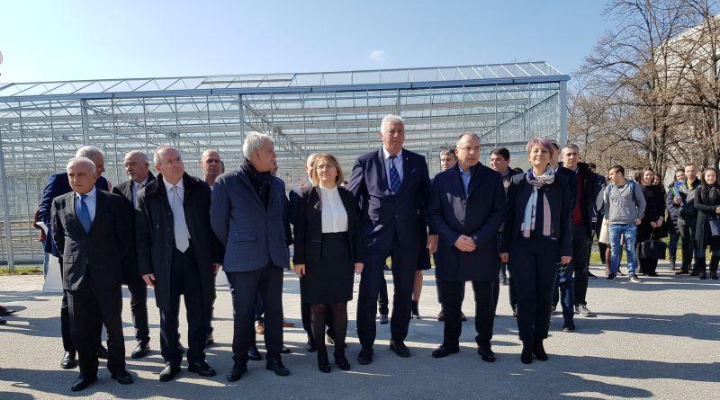 Областният управител присъства на откриването на Демонстрационен център в Аграрния университет