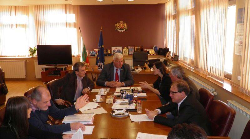 Областният управител Здравко Димитров обсъди новият ОУП и отчуждителните процедури за локалите