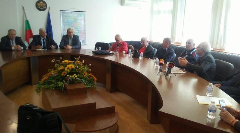 Областният управител Здравко Димитров и инициативен комитет отбелязаха 85 годишнината от рождението на Тодор Диев