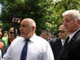 Здравко Димитров придружи премиера на срещата с протестиращи в кв. Кършияка
