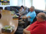 Заместник областният управител Евелина Апостолова връчи дарение от името на Здравко Димитров