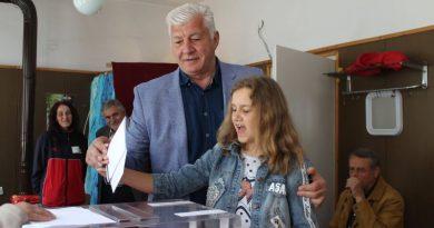 Областният управител Здравко Димитров гласува за представители на България в Европейския парламент