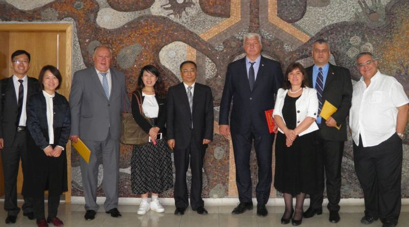 Областният управител посрещна делегация от китайската провинция Тиандзин