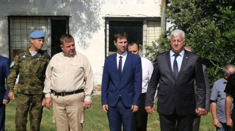 Областният управител Здравко Димитров наблюдава заключителния етап на националното учение