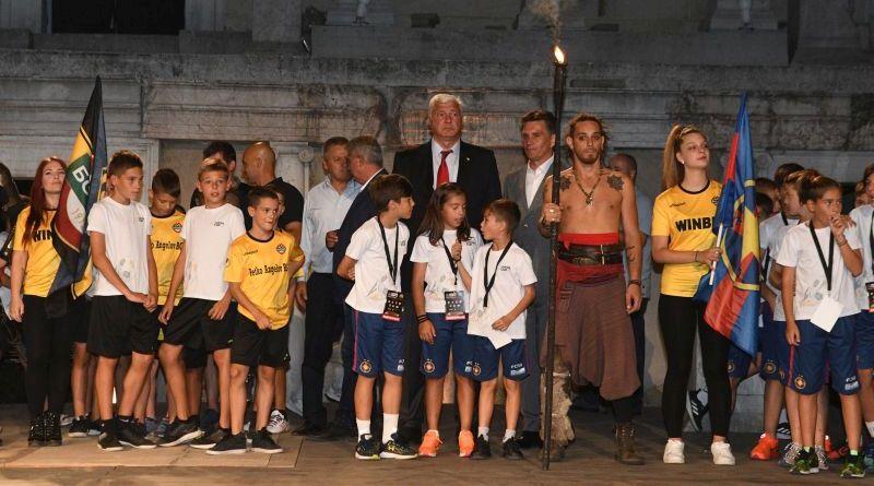 Областният управител приветства участниците в международния турнир LUKOIL CUP 2019