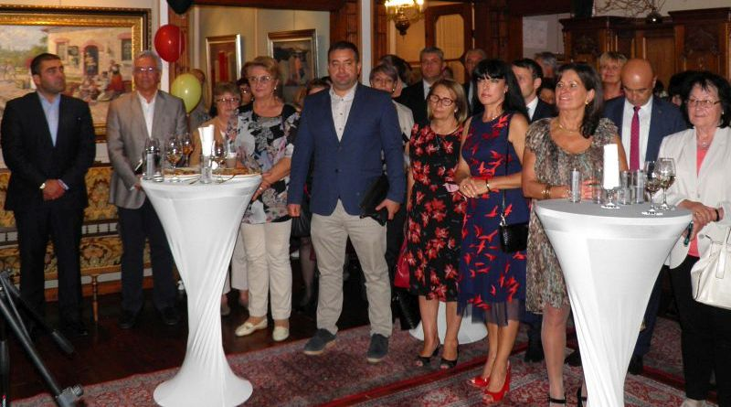 Заместник областния управител Евелина Апостолова уважи приема по повод Деня на германското единство