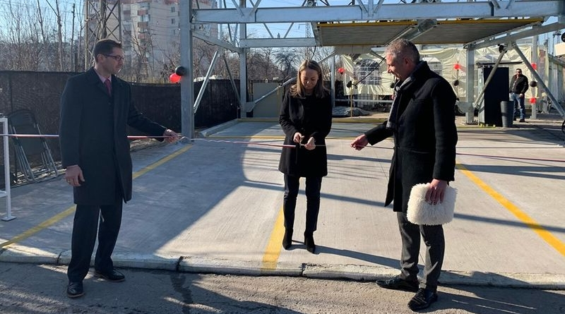 Дани Каназирева преряза лентата на първия модулен паркинг в Пловдив