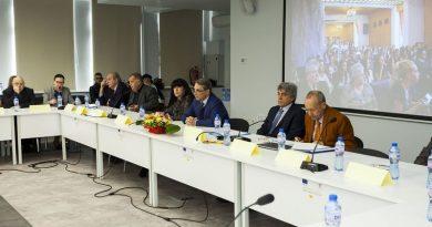 Заместник областният управител Евелина Апостолова участва в дискусия