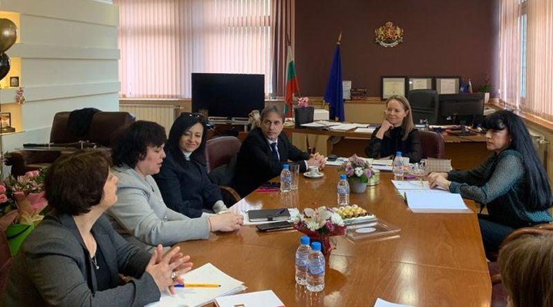 Областен координационен център ще подпомага институциите за изпълнение на Механизма за обхват на учениците