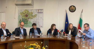 Каназирева: Всички институции с превантивни мерки, засилен контрол и мониторинг заради замърсяването на река Марица