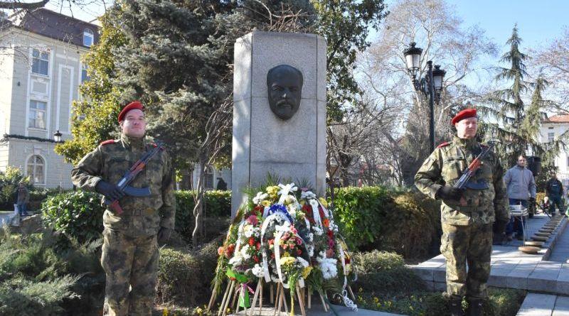 Пловдив почете 166 години от рождението на Стефан Стамболов