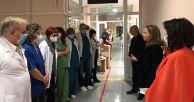 Каназирева: Най-важното е да опазим лекарите, защото всички ние сме пациенти и разчитаме на тях в тежката ситуация