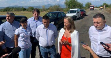 Каназирева: Подбалканският път е изключително важен за региона, на денонощие преминават над 6000 МПС-та