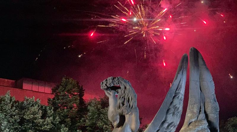 Пловдив отбеляза 135-та годишнина от Съединението на България с молебен, поднасяне на венци и тържествена заря-проверка