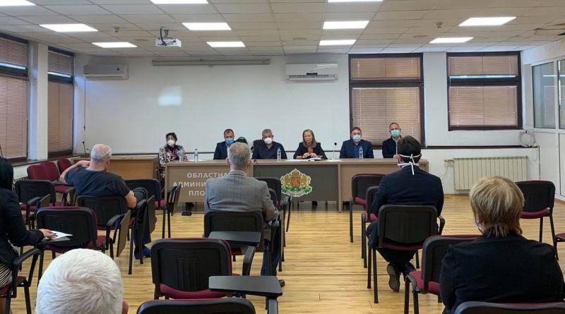 Проф. Джамбазов: Областният щаб създаде  необходимата организация в болниците още лятото