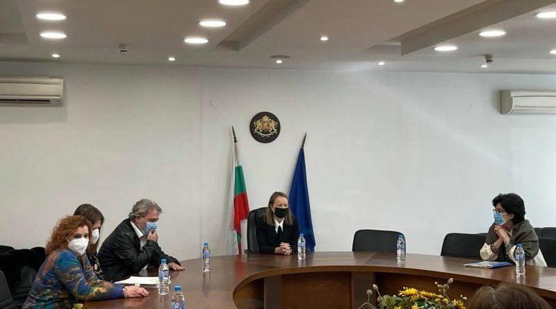 Министър Боил Банов и Дани Каназирева на работна среща за Голямата базилика