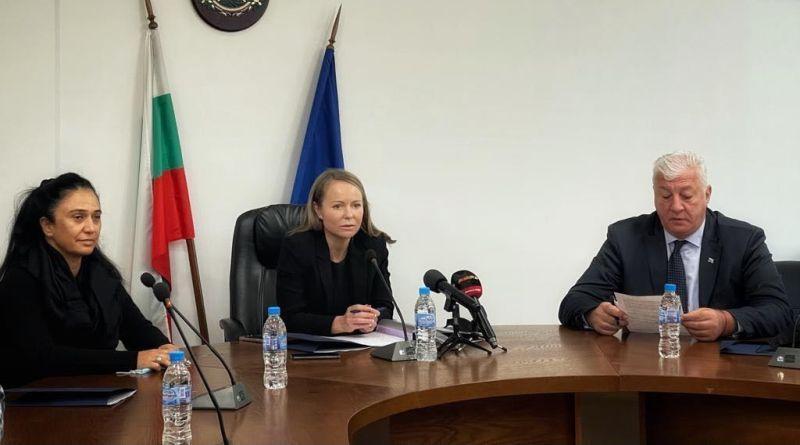 """Подписаха споразумението за детската ясла и помещенията за """"Социално подпомагане"""" на държавния терен на бул. """"Никола Вапцаров"""""""