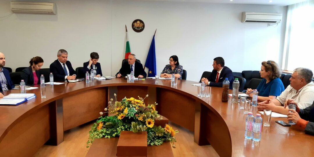 След срещата при областния управител: Обмислят се три варианта за финансиране на новата водопроводна мрежа на Брестовица