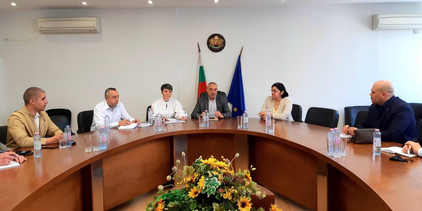 Областният управител и РИК – 16 проведоха поредна среща за организацията на изборите