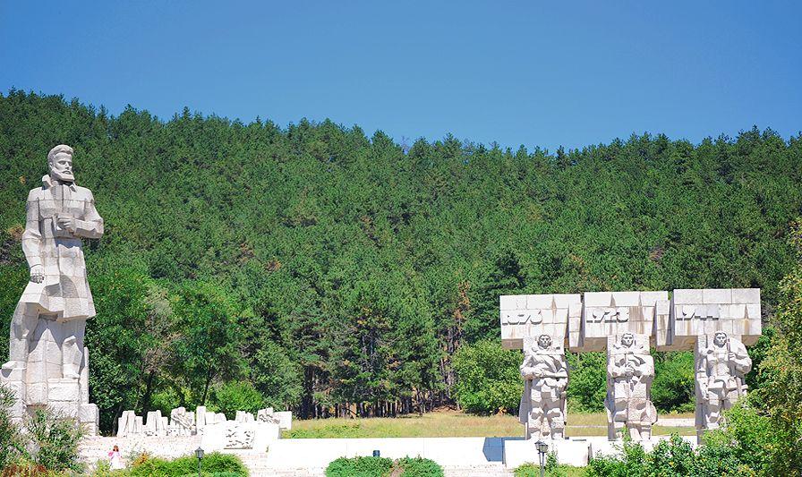 2-ри юни - ден на Ботев и на загиналите за свободата и независимостта на България
