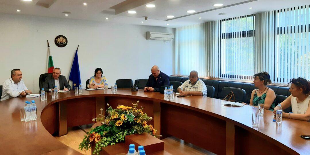 Последна среща с целия състав на 16 РИК преди изборите