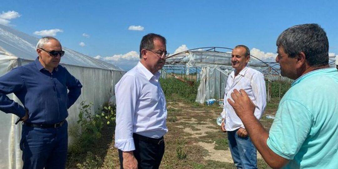 Министър Бозуков и Ангел Стоев посетиха засегнатите от градушката села