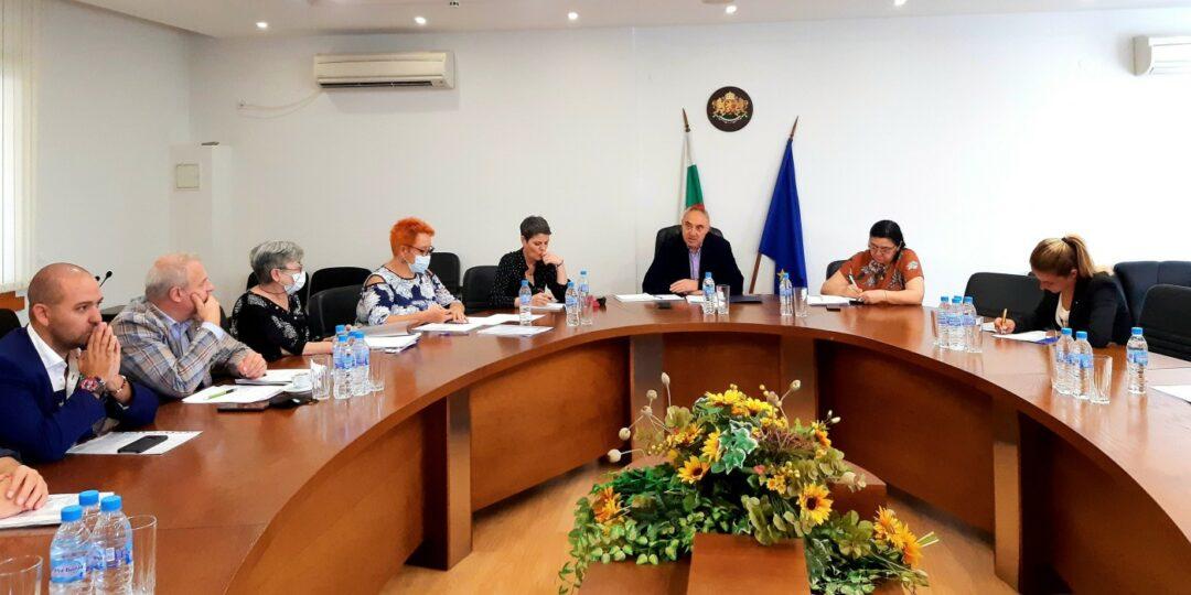 Консултации при областния управител Ангел Стоев